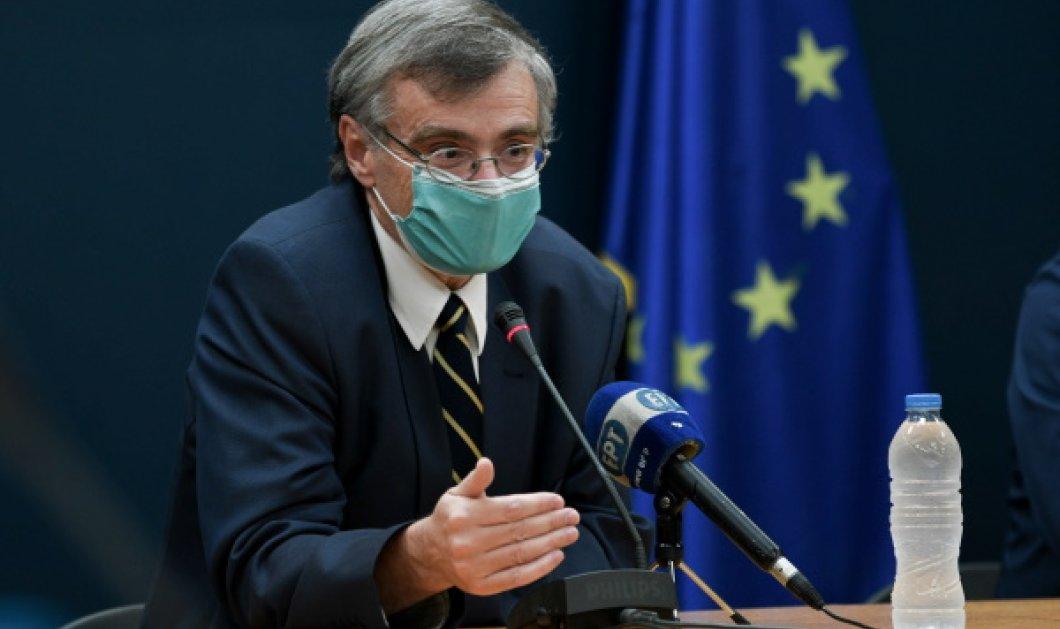 Επέστρεψε στην ενημέρωση για τον κορωνοϊό ο Σωτήρης Τσιόδρας – «Είναι αδύνατο να ελεγχθεί η διασπορά του ιού» (Φωτό & Βίντεο)  - Κυρίως Φωτογραφία - Gallery - Video