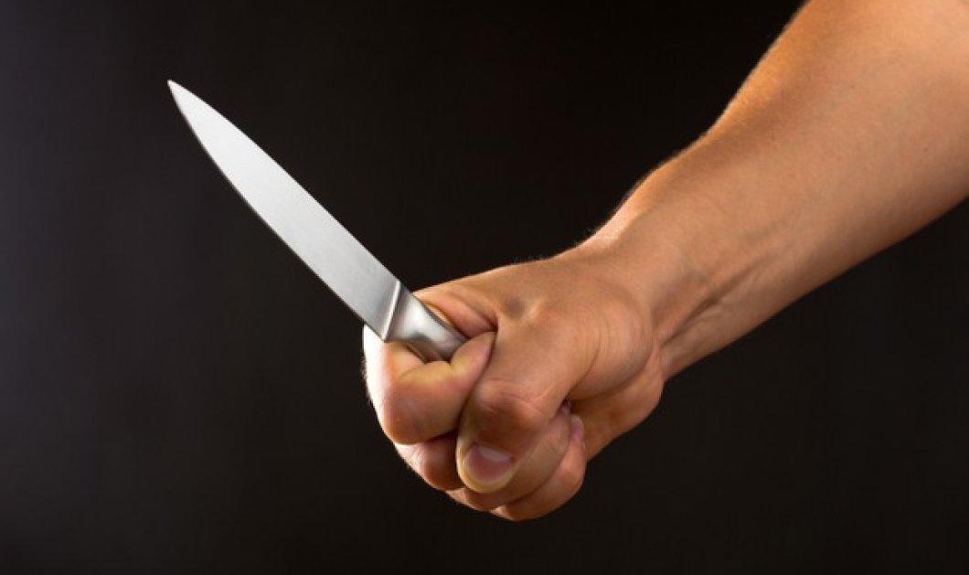 Ηράκλειο: Μαχαίρωσε πολλές φορές την μητέρα και την αδερφή του μέσα στο σπίτι τους - Πήγε να ξαπλώσει  - Κυρίως Φωτογραφία - Gallery - Video