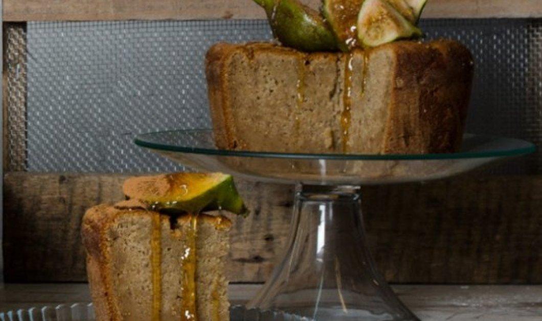 Κέικ με φρέσκα σύκα & αμύγδαλα από τον μοναδικό Στέλιο Παρλιάρο - Κυρίως Φωτογραφία - Gallery - Video