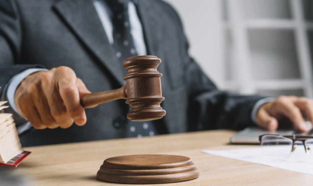 Άνεργος 41χρονος δικηγόρος μήνυσε τους γονείς του – Δεν τον βοήθησαν όσο θα ήθελε οικονομικά - Κυρίως Φωτογραφία - Gallery - Video