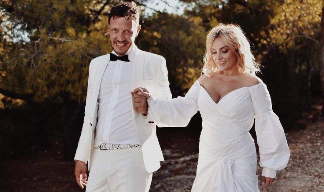 Γιάννης Ζουγανέλης: Φωτογράφισε την κόρη του Ελεωνόρα νύφη στο σπίτι του γαμπρού του - Η συγκίνησή του & η όμορφη πόζα των νιόπαντρων  - Κυρίως Φωτογραφία - Gallery - Video