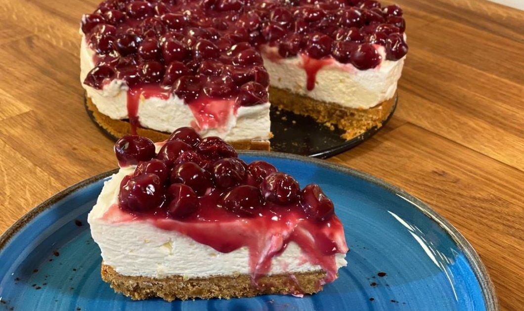 Εύκολο cheesecake από την Αργυρώ Μπαρμπαρίγου - Έτοιμο σε 5'  - Κυρίως Φωτογραφία - Gallery - Video