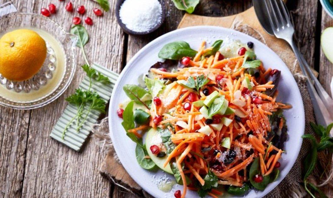 Η Αργυρώ Μπαρμπαρίγου μας φτιάχνει την πιο υγιεινή σαλάτα καρότο με Superfoods - Ένα πλήρες γεύμα για όσους είναι vegan  - Κυρίως Φωτογραφία - Gallery - Video