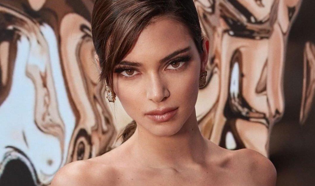 Η Kendall Jenner μεταμφιέστηκε σε Pamela Anderson για το Halloween - Και μοιάζει με τη δίδυμη αδελφή της Τζούλιας Αλεξανδράτου! (φωτό) - Κυρίως Φωτογραφία - Gallery - Video