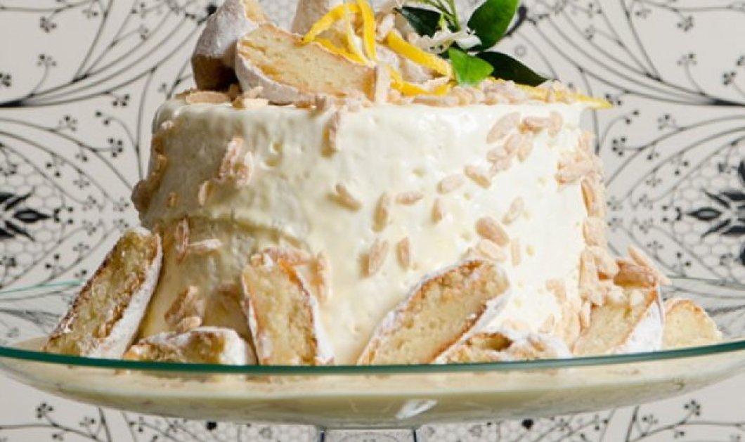 Υπέροχη τούρτα με άρωμα αμυγδάλου και λεμονιού από τον Στέλιο Παρλιάρο - Κυρίως Φωτογραφία - Gallery - Video