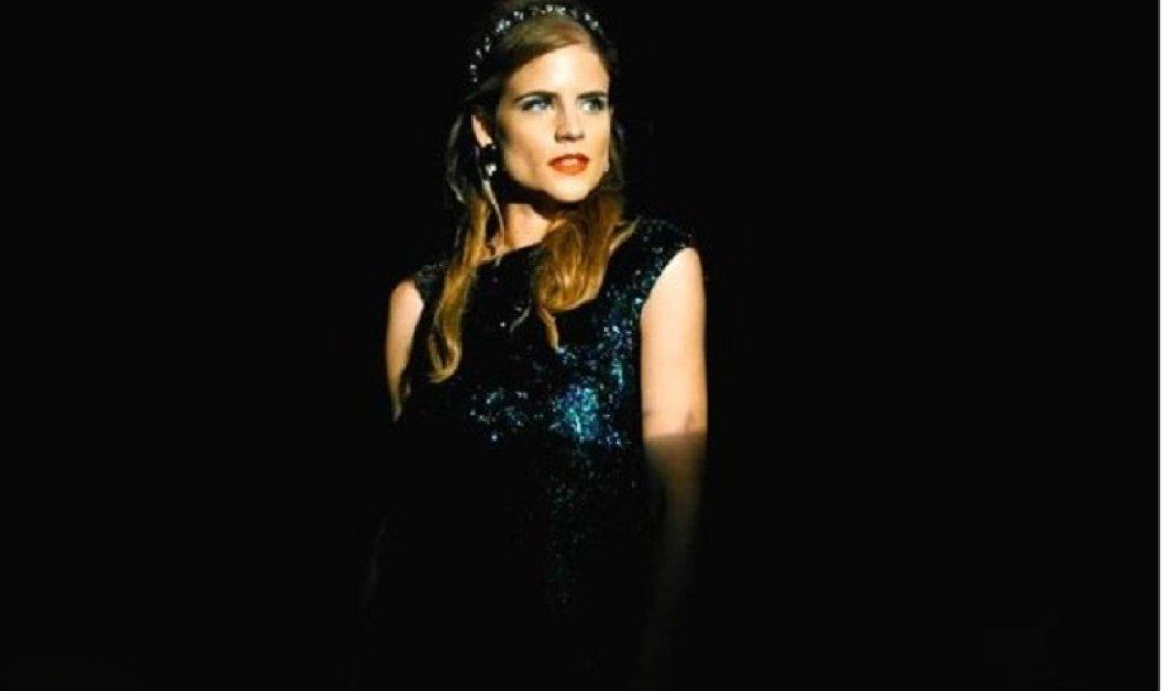 """Από την """"Τρούμπα"""" στην πασαρέλα - Η """"Δρόσω"""" κατακτά & το χώρο της μόδας - Θεά η Δανάη Μιχαλάκη κεντρικό πρόσωπο της """"Lola"""" (φώτο) - Κυρίως Φωτογραφία - Gallery - Video"""
