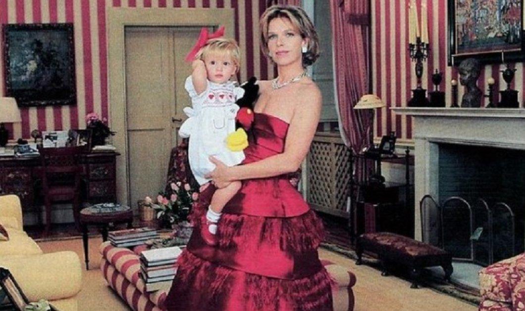 Οι γαλαζοαίματες  φοράνε Valentino - Η Λαίδη Νταϊάνα  & η  Σοφία της Αυστρίας με μνημειώδεις δημιουργίες -  Clotilde στο γάμο της με τον πρίγκιπα της Βενετίας με ονειρικό νυφικό (φώτο) - Κυρίως Φωτογραφία - Gallery - Video