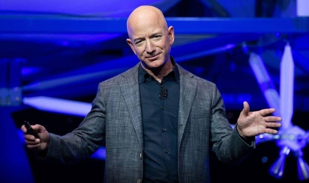 Ο Jeff Bezos σε επίδειξη πλούτου: Η σαμπάνια για το νέο του σκάφος στο όνομα της μεγαλύτερής του αγάπης (φωτό- βίντεο)  - Κυρίως Φωτογραφία - Gallery - Video