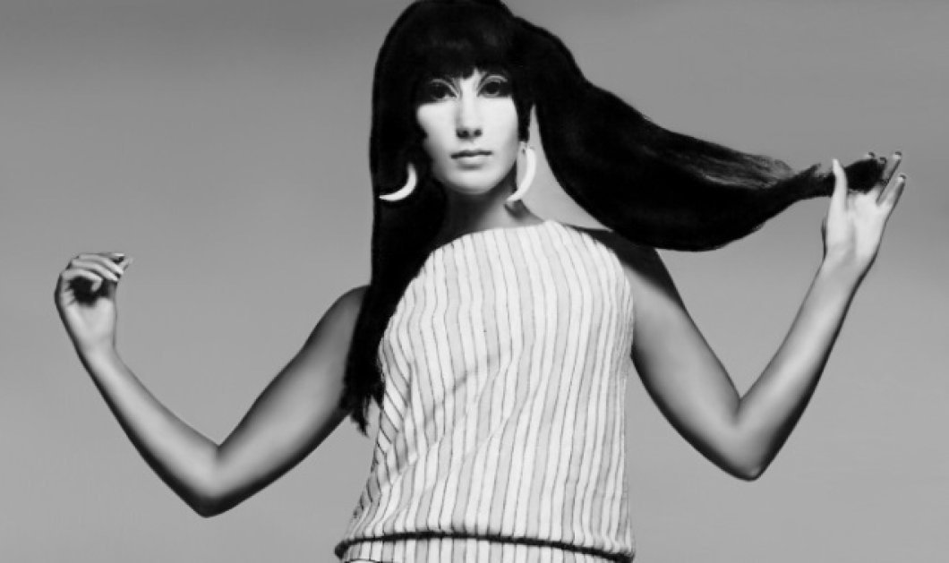 Vintage beauty pics: Η Cher ποζάρει στον φακό του φωτογράφου Richard Avedon - Τα υπέροχα κλικς για την Vogue το 1966 - Κυρίως Φωτογραφία - Gallery - Video
