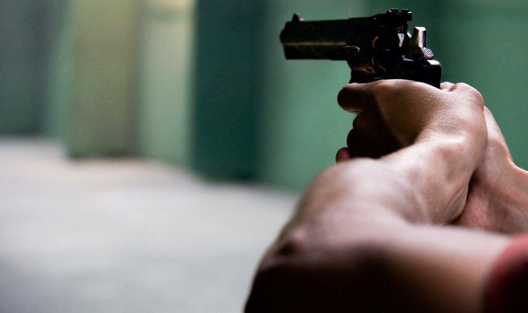 Δολοφονία στα Καλύβια: Πυροβόλησαν 60χρονο στο κεφάλι - 'Ηταν υπάλληλος στο Κέντρο Υγείας (φωτό - βίντεο) - Κυρίως Φωτογραφία - Gallery - Video