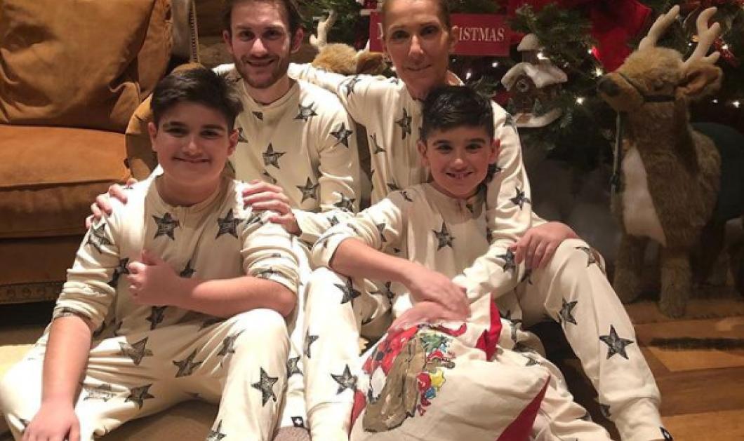 Η Celine Dion & οι 3 γιοι της φόρεσαν τις Χριστουγεννιάτικες πιτζάμες τους - Οι ευχές κάτω από το δέντρο με τα δίδυμα & τον μεγάλο (φωτό) - Κυρίως Φωτογραφία - Gallery - Video