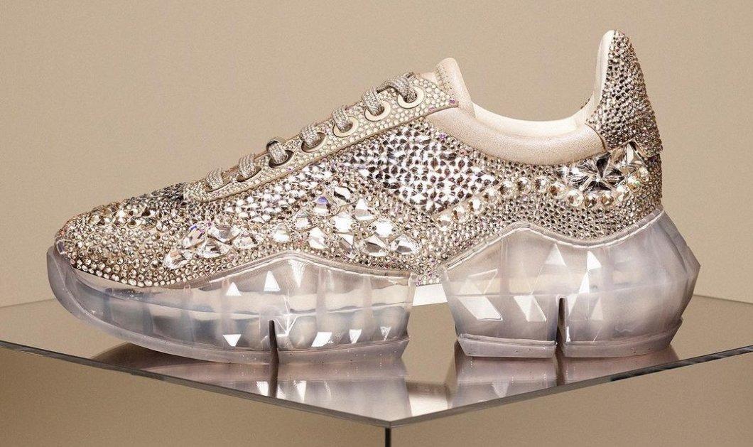 Θα φορούσατε αθλητικά παπούτσια με... διαμάντια; Ο Jimmy Choo τα δημιούργησε & φέρνει λάμψη ακόμη και... στη μετακίνηση 6 μας! (φωτό) - Κυρίως Φωτογραφία - Gallery - Video