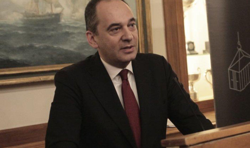 Στην ΜΕΘ του Ευαγγελισμού μεταφέρθηκε ο υπουργός Ναυτιλίας Γιάννης Πλακιωτάκης που έχει Covid 19 - Eπιδεινώθηκε η κατάσταση του - Κυρίως Φωτογραφία - Gallery - Video