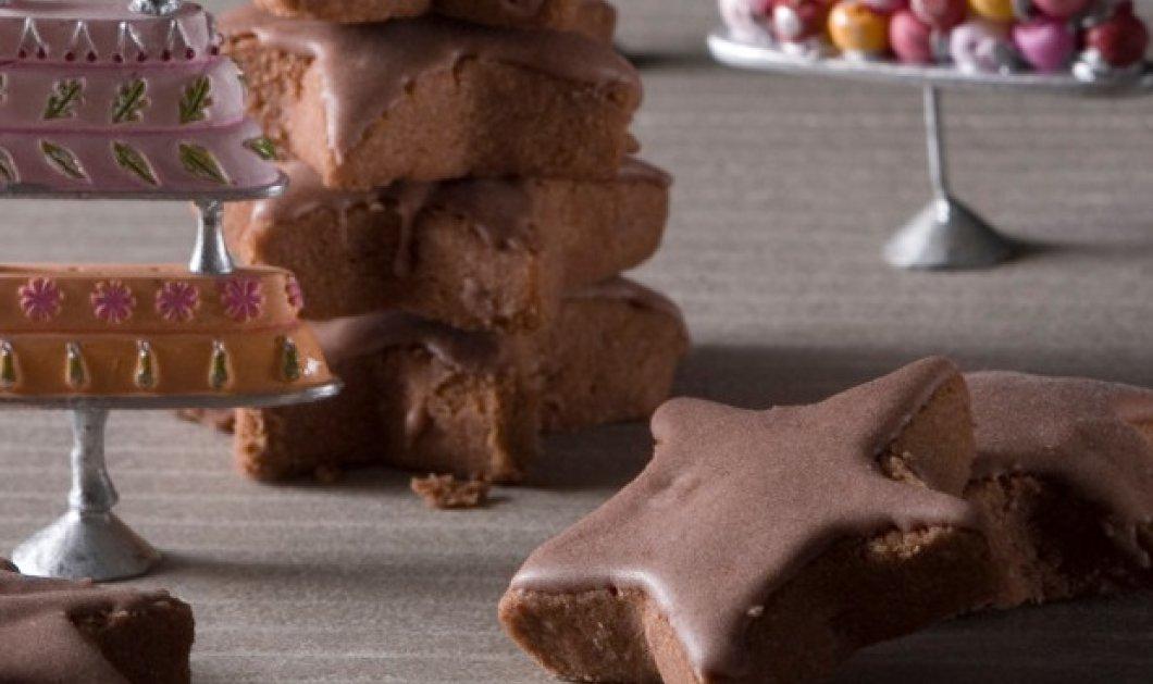 Ο Στέλιος Παρλιάρος δημιουργεί: Δοκιμάστε τους κουραμπιέδες με σοκολάτα & θα ενθουσιαστείτε! - Κυρίως Φωτογραφία - Gallery - Video