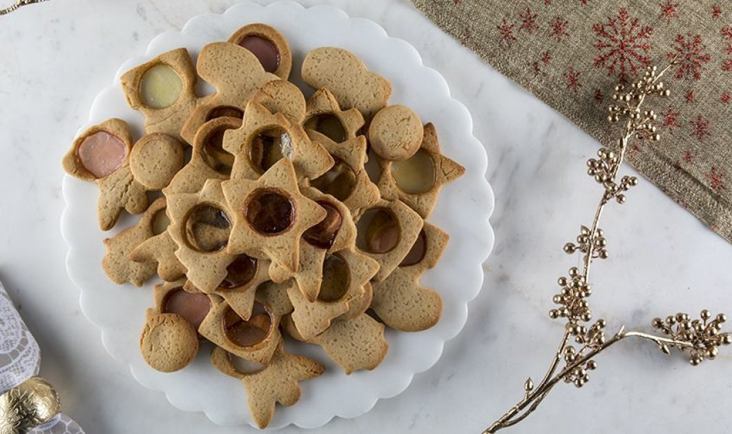 Υπέροχα χριστουγεννιάτικα μπισκότα από τον Άκη Πετρετζίκη- Φτιάξτε τα με τα παιδιά σας - Κυρίως Φωτογραφία - Gallery - Video
