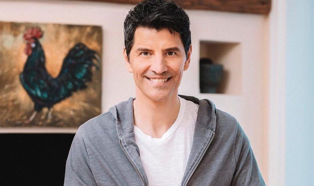 Σάκης Ρουβάς: Παίζει με τα παιδιά του στην υπέροχη κουζίνα του σπιτιού τους- «Εγώ για να τους φτιάξω τα αγαπημένα τους cookies ξεκίνησα...» (φωτό)  - Κυρίως Φωτογραφία - Gallery - Video