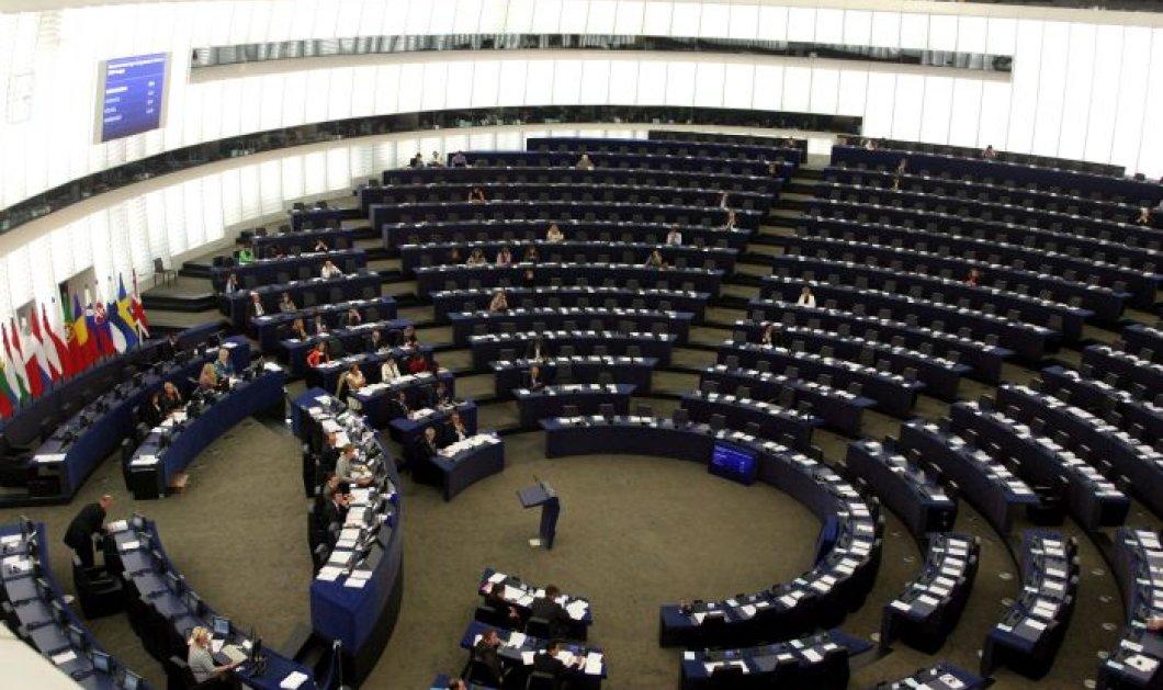 Απόφαση-σταθμός του Ευρωκοινοβουλίου για τους εργαζομένους: Δεν θα απαντούν σε τηλέφωνα & e-mail εκτός ωραρίου - Κυρίως Φωτογραφία - Gallery - Video