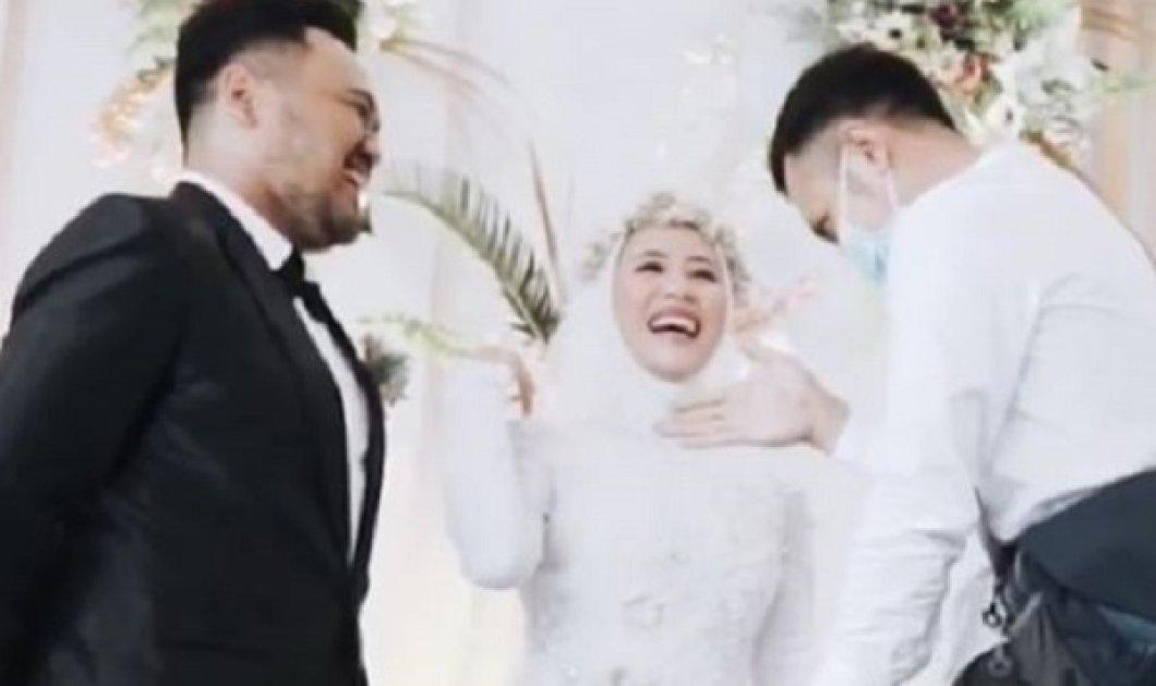 Η νύφη αφήνει άναυδο τον γαμπρό και τους συγγενείς: Ζητάει να φιλήσει για τελευταία φορά τον πρώην της (βίντεο) - Κυρίως Φωτογραφία - Gallery - Video
