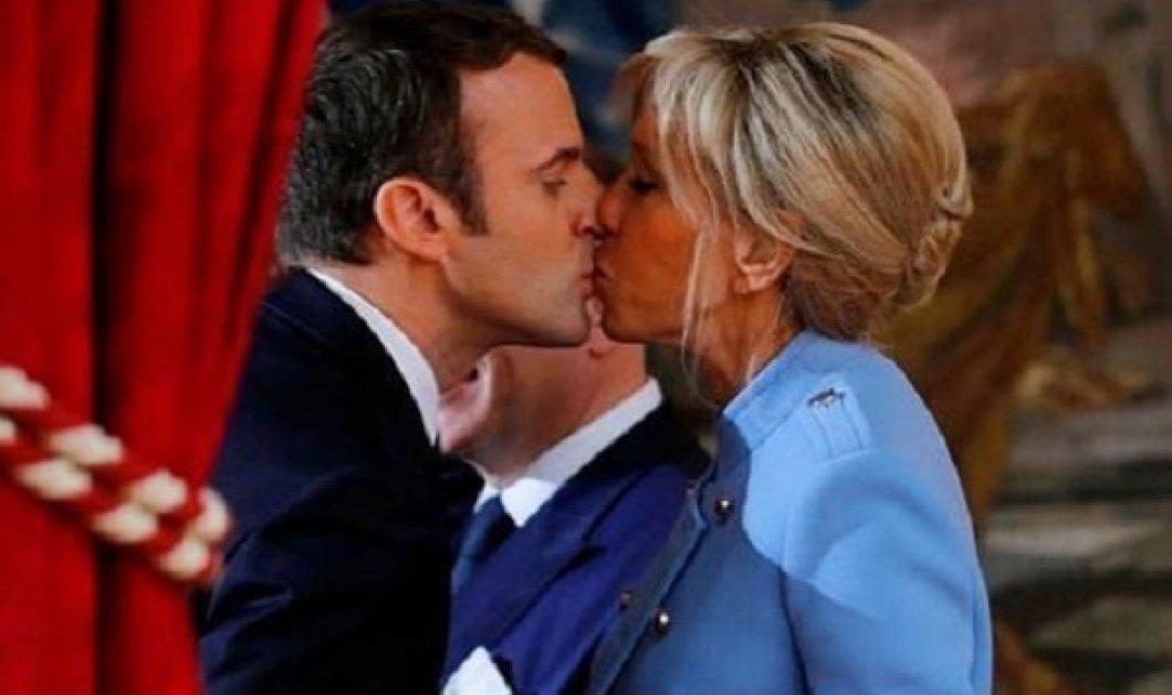Ο ερωτευμένος πρόεδρος Emmanuel Macron με την Brigitte του - Πόσο σικ Γαλλίδα η πρώτη κυρία (φωτό) - Κυρίως Φωτογραφία - Gallery - Video