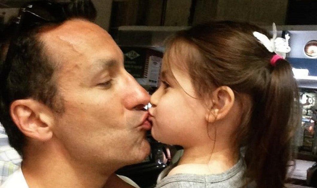 Μπαμπάς ξανά ο Πέτρος Ίμβριος: Υποδέχτηκε το τρίτο παιδάκι του (φωτό) - Κυρίως Φωτογραφία - Gallery - Video