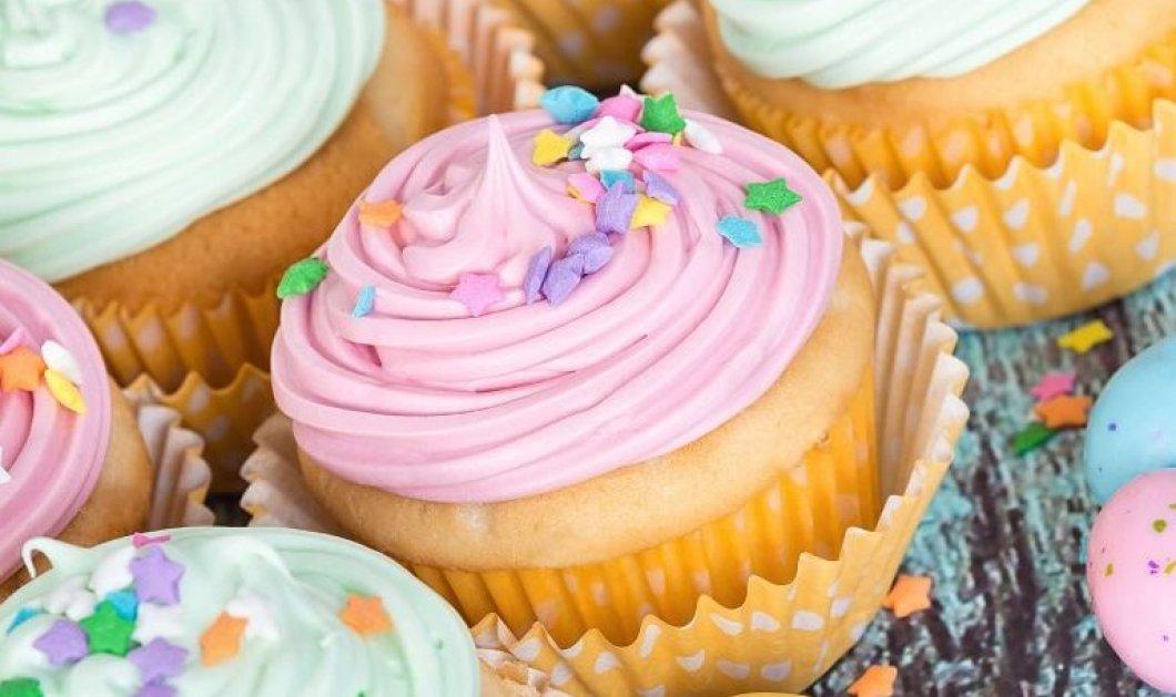 Τα πιο αφράτα και ζουμερά cupcakes δια χειρός Αργυρώς Μπαρμπαρίγου - Όλα τα μυστικά  - Κυρίως Φωτογραφία - Gallery - Video