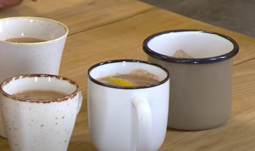 Ένα λαχταριστό ρόφημα από τον Άκη Πετρετζίκη - Ζεστή σοκολάτα με κάρδαμο και πορτοκάλι - Κυρίως Φωτογραφία - Gallery - Video