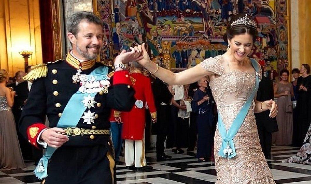 Η πριγκίπισσα Μαίρη της Δανίας έγινε 49: Η διαφημίστρια από την Αυστραλία & ο διάδοχος του θρόνου - Μια ιστορία σαν παραμύθι (φωτό) - Κυρίως Φωτογραφία - Gallery - Video
