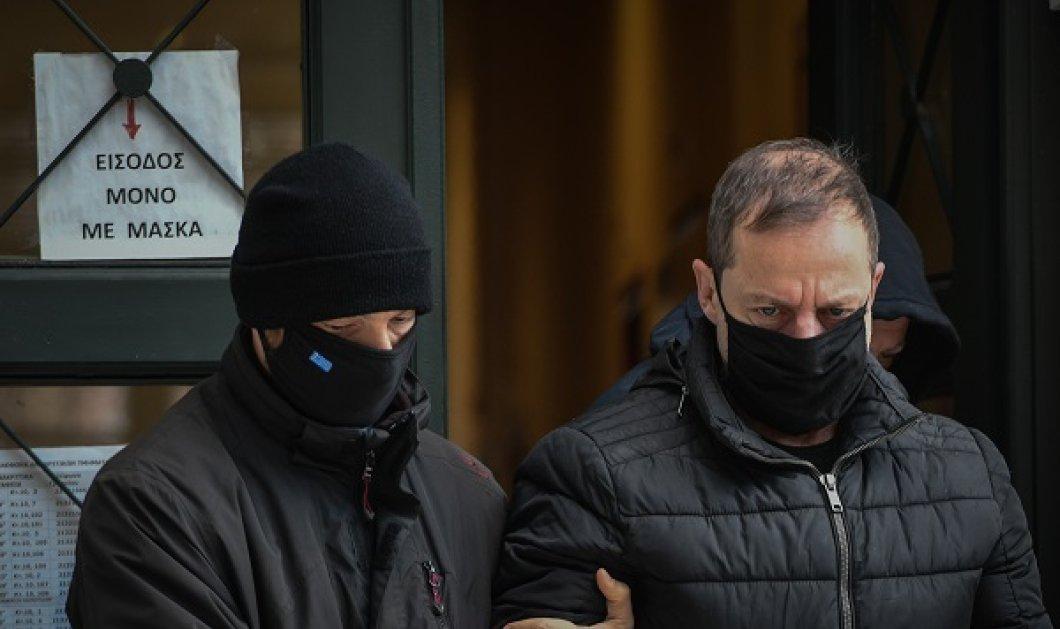 Δημήτρης Λιγνάδης: Νέα ποινική δίωξη για βιασμό σε βάρος του ηθοποιού και σκηνοθέτη - Τι ισχυρίζεται ο μηνυτής του; (βίντεο) - Κυρίως Φωτογραφία - Gallery - Video