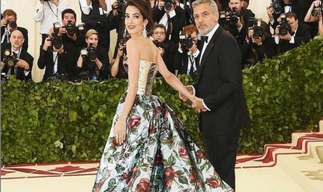 Το αξεπέραστο στυλ της Αμάλ Κλούνεϊ: Οι εντυπωσιακές τουαλέτες - τα κομψά ταγιέρ - τα θηλυκά φορέματα - Έτσι κατέκτησε τον George (φώτο)  - Κυρίως Φωτογραφία - Gallery - Video