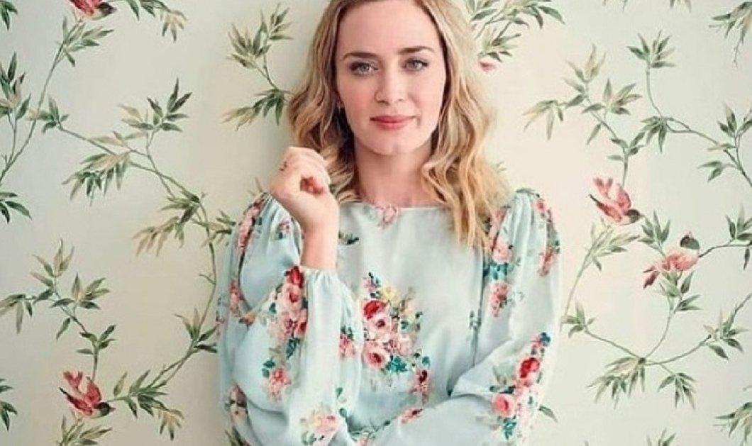 "H Emily Blunt με πολύ ανοιξιάτικη διάθεση: Η ""Mary Poppins"" σαρώνει τα βραβεία & φοράει τα πιο ωραία floral φορέματα (φώτο) - Κυρίως Φωτογραφία - Gallery - Video"