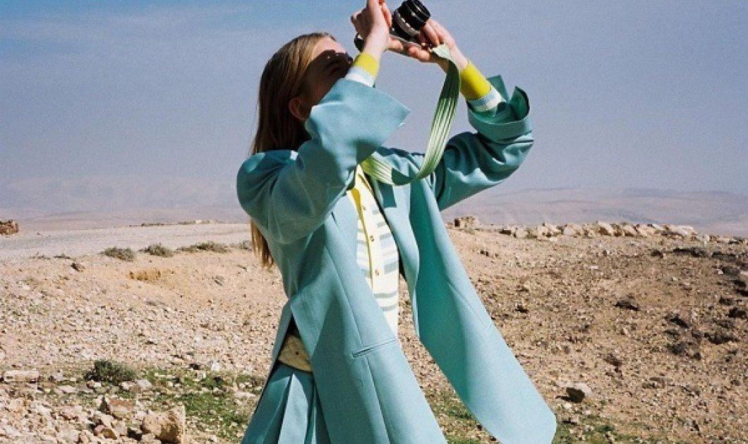 Τα 7 trends στα πανωφόρια που κυριάρχησαν στις πασαρέλες της Άνοιξης - Κομψές καμπαρντίνες, κάπες και jackets (φωτό) - Κυρίως Φωτογραφία - Gallery - Video