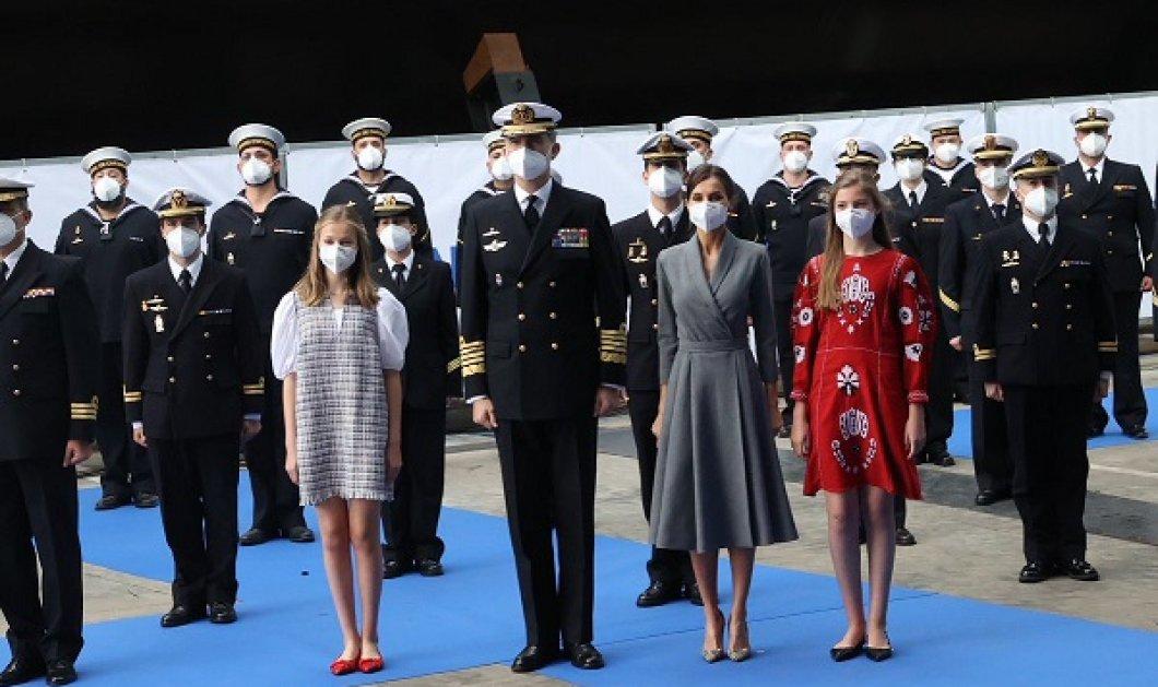 Έτοιμη για τον θρόνο η πριγκίπισσα Λεονόρ της Ισπανίας: Βάφτισε το υποβρύχιο «Isaac Pear» με κομψό σύνολο - Θεά και η μαμά της βασίλισσα Λετίσια ( βίντεο) - Κυρίως Φωτογραφία - Gallery - Video