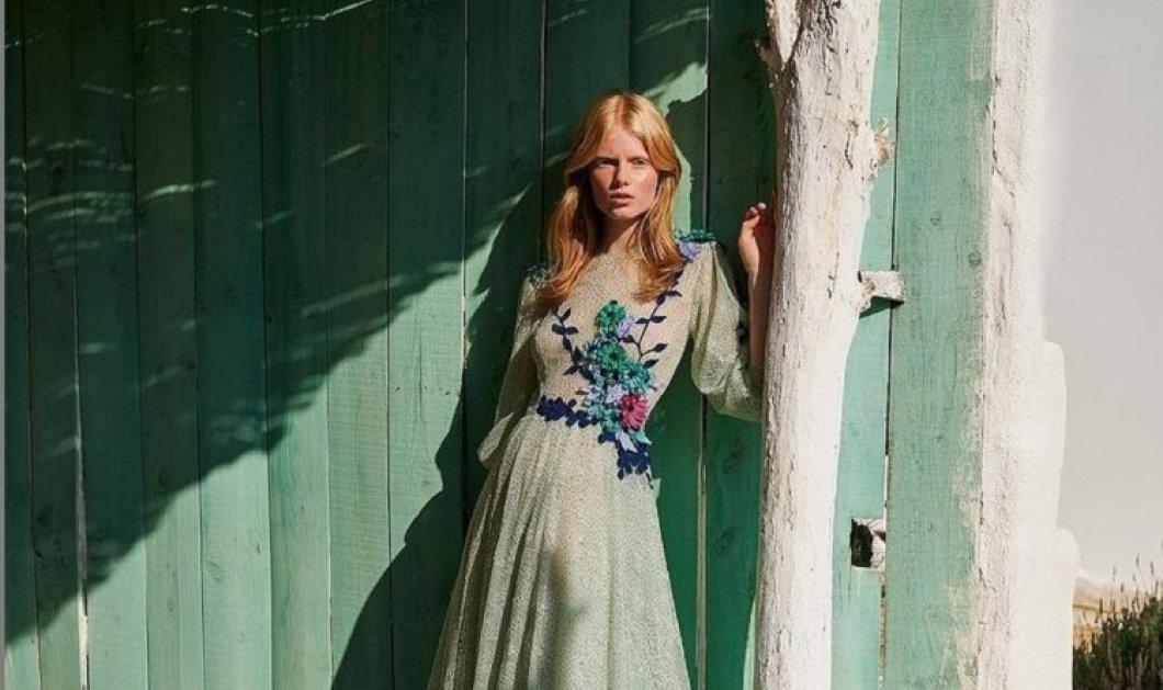 O Χρήστος Κωσταρέλος σε μια παραμυθένια κολεξιόν: Τα μοντέλα με τους φραμπαλάδες σε παστέλ μάξι φορέματα - Κεντήματα & εφαρμογή νεράιδας (φώτο)  - Κυρίως Φωτογραφία - Gallery - Video