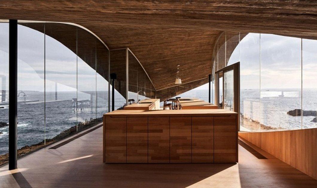 10 κουζίνες που τις λούζει το φως! Υπέροχες, μοντέρνες, minimal με θέα, ήλιο & πολλά τετραγωνικά - Τα «σαλόνια» του σπιτιού σας (φωτό) - Κυρίως Φωτογραφία - Gallery - Video