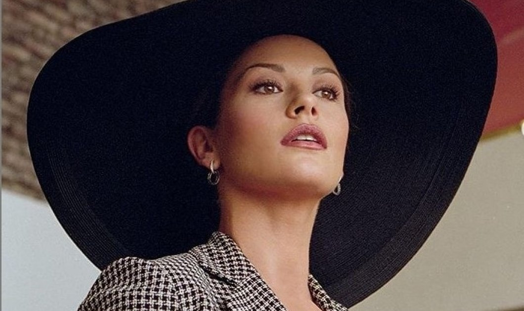 Η Catherine Zeta-Jones ευχαριστεί τον εκλιπόντα Πρίγκιπα Φίλιππο για την αφοσίωση του στην Βασίλισσα & στην πατρίδα (φώτο) - Κυρίως Φωτογραφία - Gallery - Video