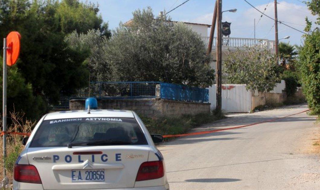 Τραγωδία στο Κορωπί: Πατέρας σκότωσε τον 48χρονο γιο το, πυροβολώντας τον με καραμπίνα - Κάλεσε την αστυνομία για να τον συλλάβει (βίντεο) - Κυρίως Φωτογραφία - Gallery - Video