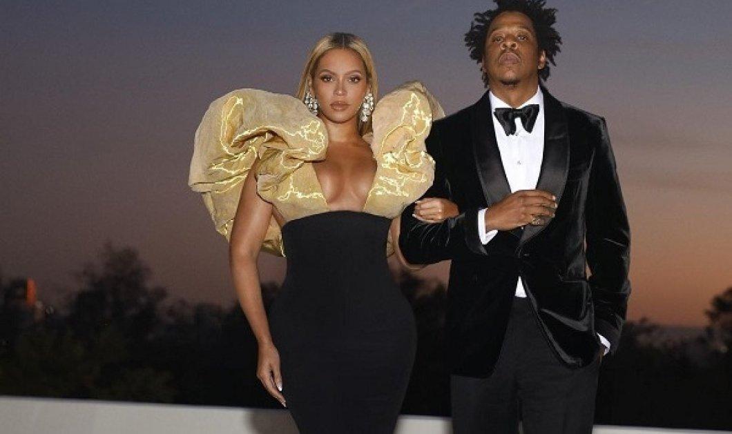 Η οικογενειακή φωτό της Beyonce και του Jay-Z: Ποζάρουν στα μαύρα μαζί με τα 3 τους παιδιά - Τα δίδυμα «κλέβουν» την παράσταση - Κυρίως Φωτογραφία - Gallery - Video