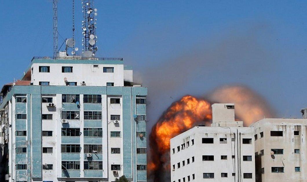 Το Ισραήλ βομβάρδισε κτίριο 13 ορόφων όπου συστεγάζονται Al Jazeera και Associated Press - «Προσευχόμαστε» είπαν οι δημοσιογράφοι (φωτό & βίντεο) - Κυρίως Φωτογραφία - Gallery - Video