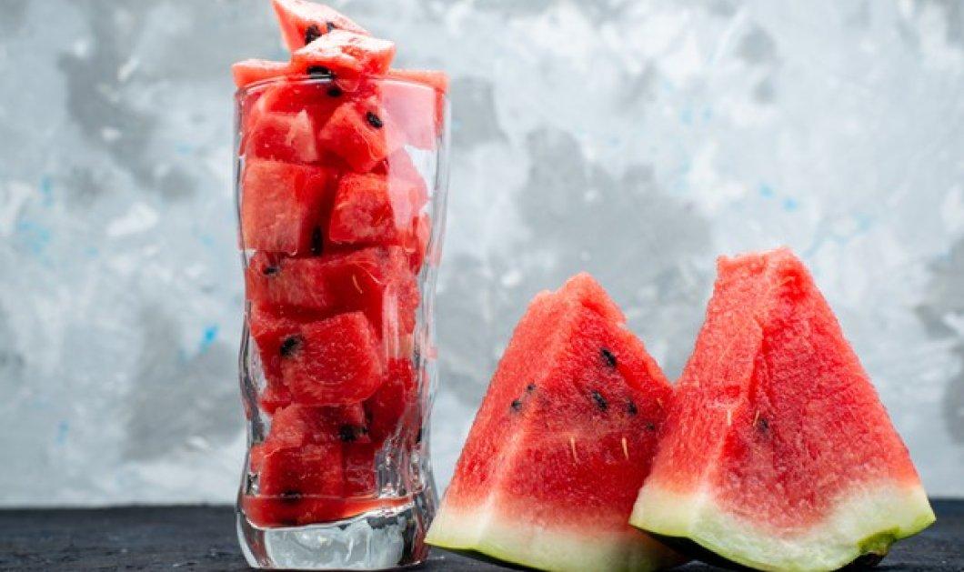 Καρπούζι: Ο βασιλιάς των καλοκαιρινών φρούτων: Πλούσιο σε βιταμίνες (Α, Β6, Β1, C), λυκοπένιο, β-καροτένιο, κάλιο και μαγνήσιο - Ποια τα οφέλη του;  - Κυρίως Φωτογραφία - Gallery - Video
