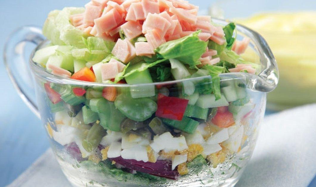 Αργυρώ Μπαρμπαρίγου: Σαλάτα με πολύχρωμα λαχανικά και βραστά αυγά - Ότι πρέπει για τις ζεστές ημέρες! - Κυρίως Φωτογραφία - Gallery - Video