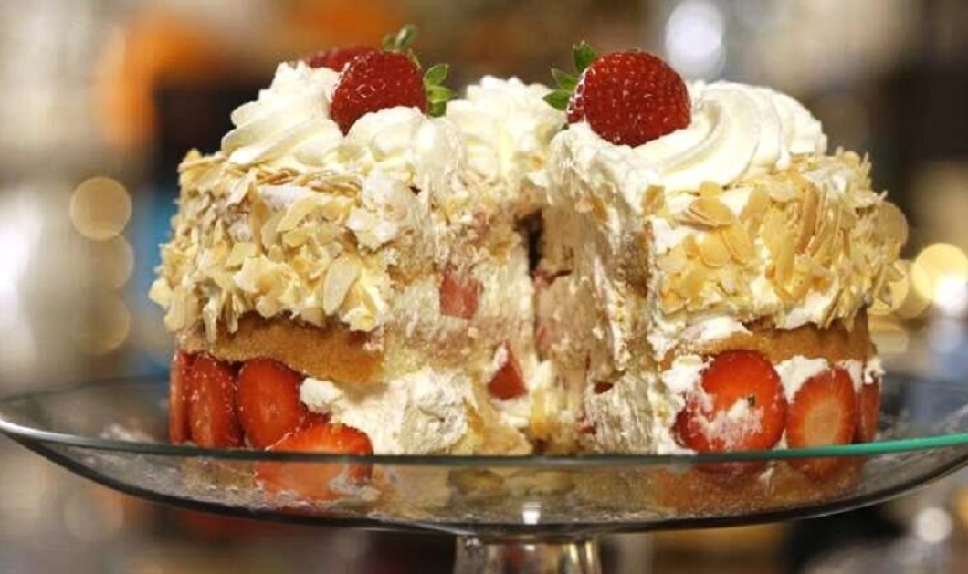 Ανοιξιάτικη τούρτα με φράουλες από τον Στέλιο Παρλιάρο - Το αγαπημένο φρούτο της εποχής σε ένα υπέροχο ανάλαφρο γλυκό  - Κυρίως Φωτογραφία - Gallery - Video