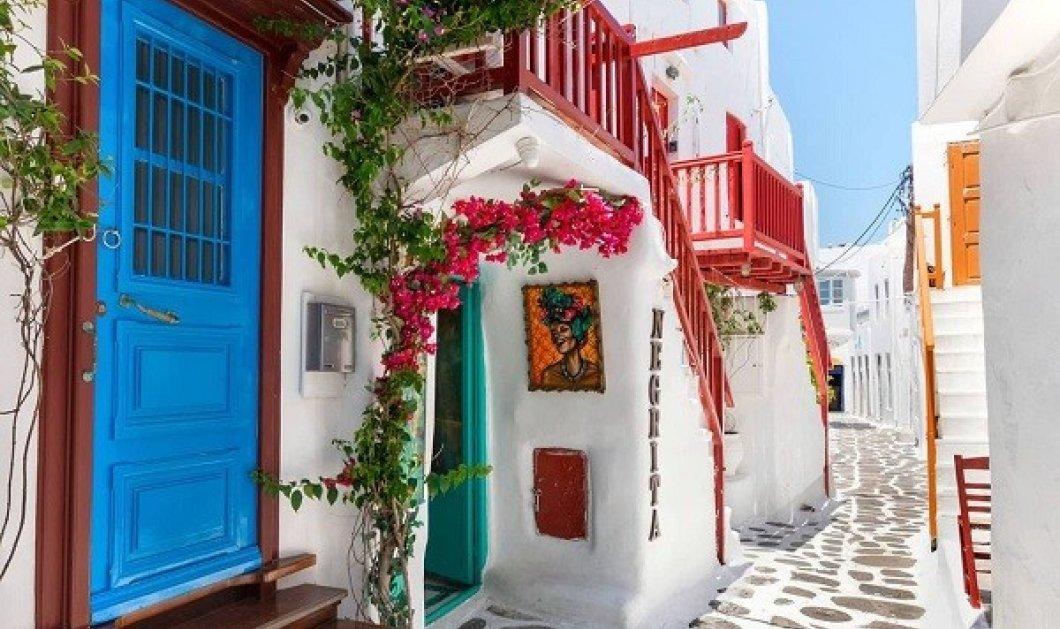 #GreekSummer 2021: Η @christinatouloumtzidou παρουσιάζει τα πανέμορφα σοκάκια της Μυκόνου - Οι Έλληνες φωτογράφοι προτείνουν - Κυρίως Φωτογραφία - Gallery - Video