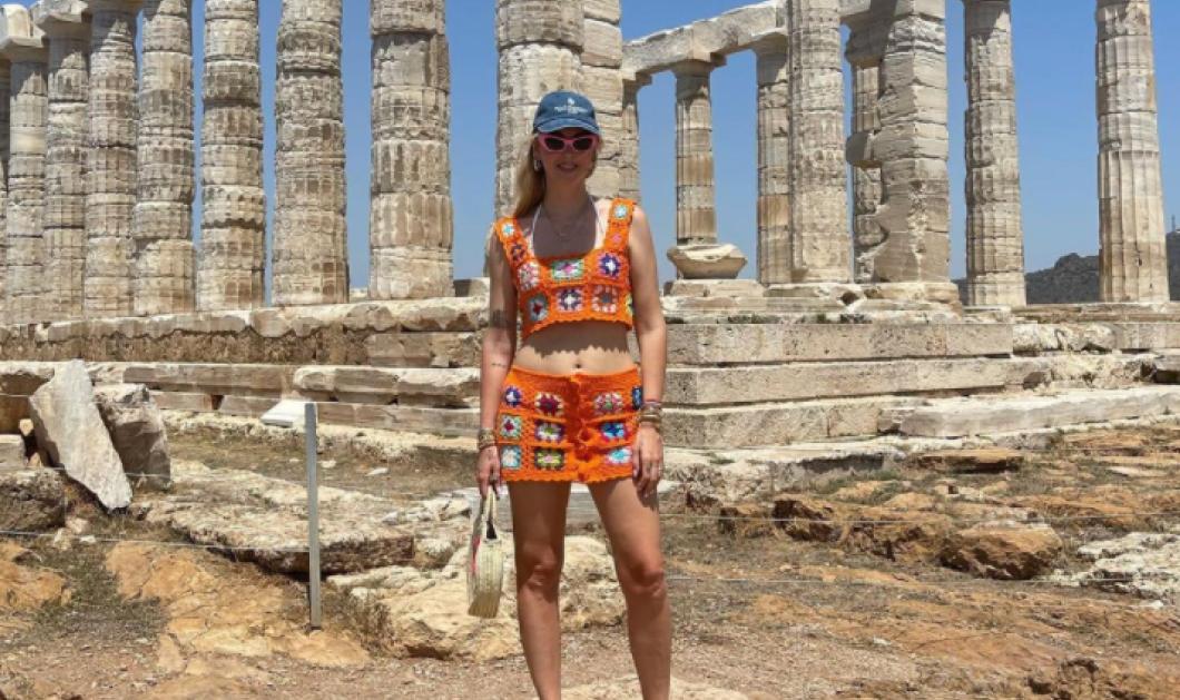 H Kιάρα Φεράνι στην Ελλάδα: Επισκέφθηκε τo Nαό του Ποσειδώνα & διαφήμισε την χώρα μας με τον καλύτερο τρόπο -Με ποιες διάσημες Ελληνίδες συναντήθηκε  (φωτό) - Κυρίως Φωτογραφία - Gallery - Video