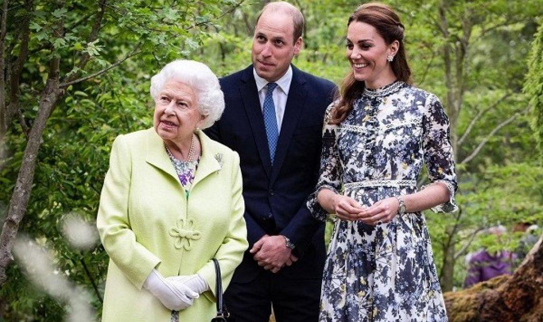 Γιαγιά και εγγονός σε ταξίδι: Ο Ουίλιαμ συνοδεύει την βασίλισσα Ελισάβετ στην Σκωτία - λίγο πριν τα αποκαλυπτήρια του αγάλματος της Νταϊάνα (φωτό & βίντεο) - Κυρίως Φωτογραφία - Gallery - Video