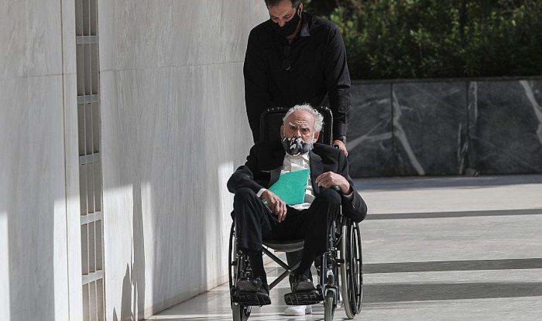 Άκης Τσοχατζόπουλος: Στο Λαϊκό νοσοκομείο με μεγάλη αιμορραγική κένωση - Η ανάρτηση της Βίκυς Σταμάτη (φωτό) - Κυρίως Φωτογραφία - Gallery - Video