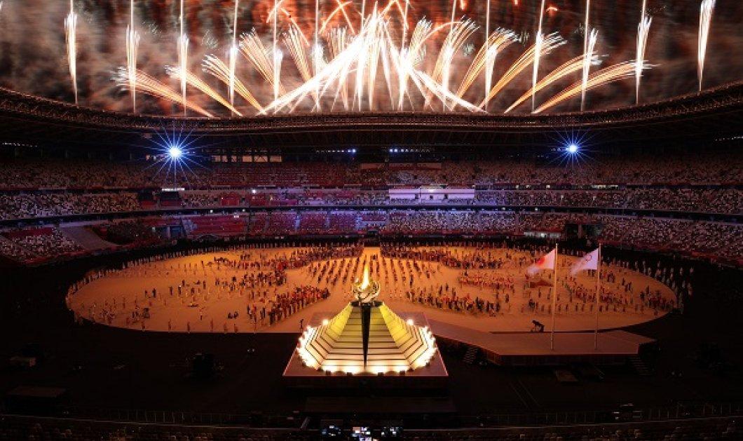 Εικόνες & βίντεο από την τελετή έναρξης των Ολυμπιακών Αγώνων στο Τόκιο - Εντυπωσιακά πυροτεχνήματα, άδειο γήπεδο & ενός λεπτού σιγή για τα θύματα του covid - Κυρίως Φωτογραφία - Gallery - Video
