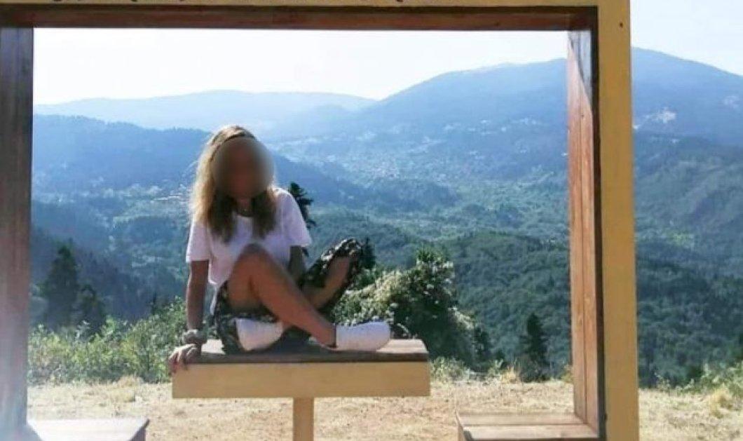 Έγκλημα στην Φολέγανδρο: Σπαραγμός στο τελευταίο αντίο στην 26χρονη Γαρυφαλλιά - τραγικές φιγούρες η μητέρα & τα αδέρφια της (φωτό - βίντεο) - Κυρίως Φωτογραφία - Gallery - Video