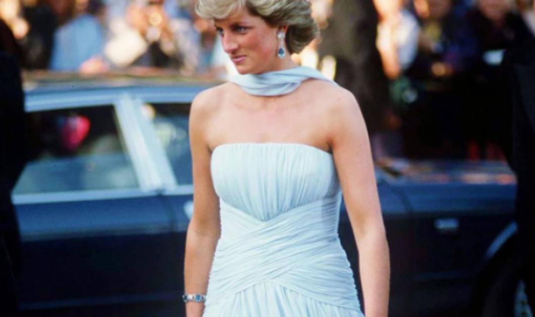 Όταν η  Λαίδη Νταϊάνα περπάτησε στο κόκκινο χαλί των Καννών: Η γαλάζια τουαλέτα - εμπνευσμένη από την Grace Kelly, το 80ς φόρεμα (φωτό & βίντεο) - Κυρίως Φωτογραφία - Gallery - Video