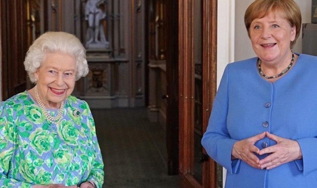 «Εύθυμη χήρα» η βασίλισσα Ελισάβετ: Υποδέχτηκε με υπέροχο εμπριμέ και χαμόγελα την Άνγκελα Μέρκελ - Το ευτελές κόσμημα της καγκελαρίου (φωτό & βίντεο) - Κυρίως Φωτογραφία - Gallery - Video