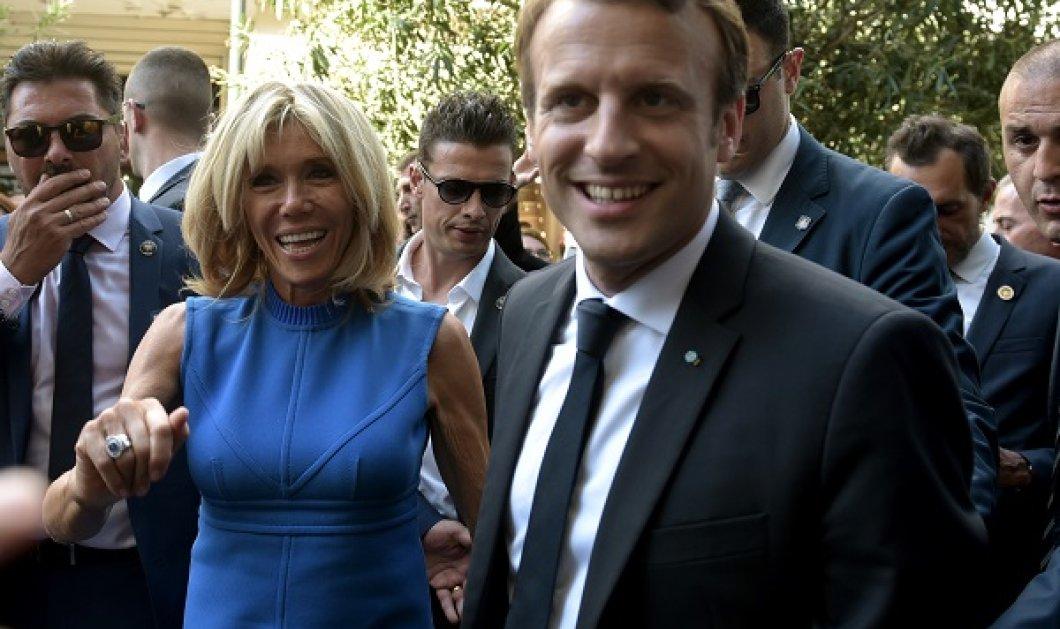 Έτσι είναι με μαγιό ο γοητευτικός & νεανικός πρόεδρος της Γαλλίας: Ο Εμανουέλ Μακρόν καλογυμνασμένος και μαυρισμένος (φωτό) - Κυρίως Φωτογραφία - Gallery - Video